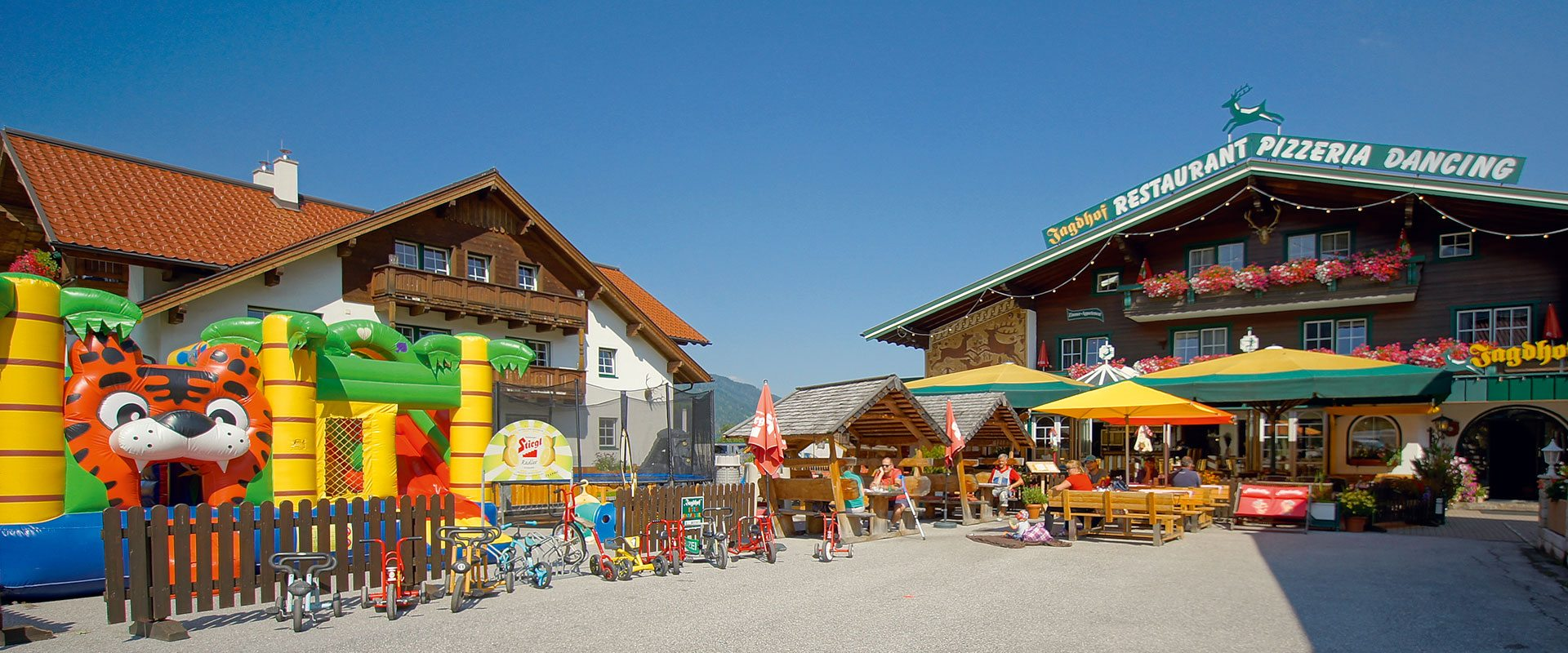 Restaurant, Pizzeria, Kinderwirt & Take-away Jagdhof, Restaurant in Flachau